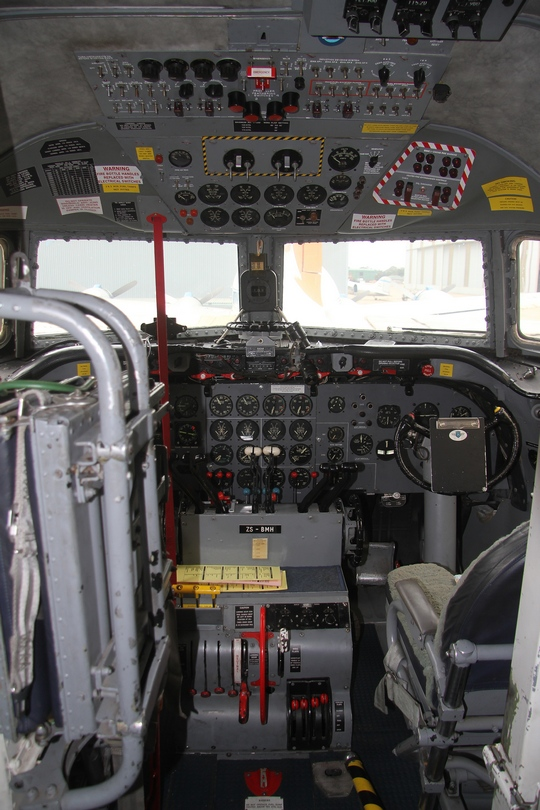 Pilot's Post - SAA Museum Society Douglas DC-4 Skymaster ZS